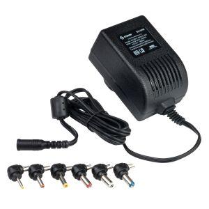 Eliminador regulado de 3 a 12 Vcc, 2,5 A con puntas intercambiables.